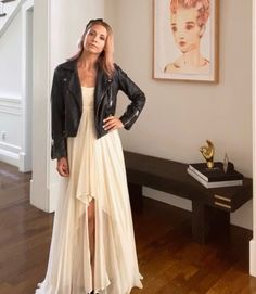 Sarah Michelle Gellar in Her Buffy the Vampire Slayer Prom Dress Is Just What My Friday Asked For Celebrity Moms, Celebrity Style, Michelle Instagram, Sarah Michelle Gellar Buffy, Cw Series, Special Dresses, Buffy The Vampire Slayer, Homecoming Dresses, Wedding Dresses