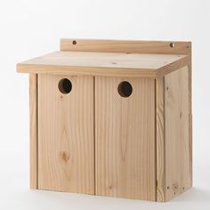 fuglekasse, nesting box, Nistkasten, Vogelkästen, bird boxes, Voge, redekasse, Nature design, Douglas Wood, FSC Wood, sale at www,fuglekasse.dk, gråspurv, dobbelt kasse, 2 par bor i sammen, Nature design, Douglas Wood, FSC Wood, sale at www,fuglekasse.dk, Gråspurv, house sparrow, gråsparv, Haussperling,