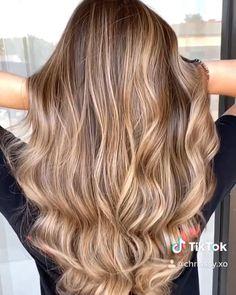 Brown Blonde Hair, Light Brown Hair, Dark Hair, Red Hair, Hair Upstyles, Caramel Hair, Natural Hair Styles, Long Hair Styles, Fall Hair Colors