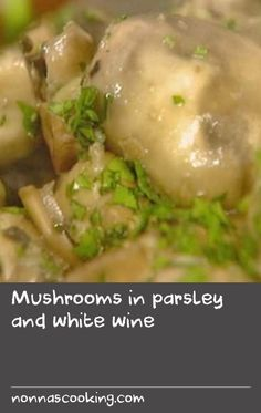 Mushrooms in parsley and white wine | A simple, classic French dish of mushrooms, garlic, white wine and parsley. Totally moreish, this recipe is a great appetiser served with a baguette or crusty bread to soak up all the sauce.