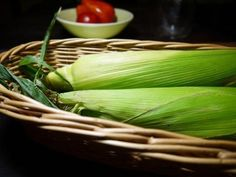 Harvesting sweet corn is a foodie's bliss in autumn!