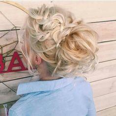 Hair, kapsel, opgestoken haar, knot,vlecht