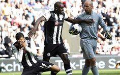 Mais um jovem inglês pode ser preso por comentários racistas a jogador de futebol