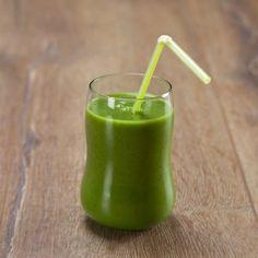 Spinat smoothie med avocado, kiwi og ingefær opskrift