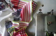 sur la rimoldi nappe & vaisselier 041012