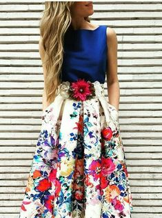 I want this outfit Modest Outfits, Skirt Outfits, Modest Fashion, Dress Skirt, Dress Up, Fashion Outfits, Vestidos Vintage, Prom Dresses, Formal Dresses