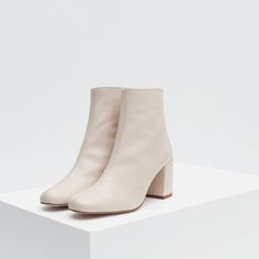 Zara - High heel leather ankle boots with zip High Heel Boots, Shoe Boots, High Heels, Shoe Bag, Dr Shoes, Me Too Shoes, Shoes Heels, Glass Shoes, Workwear Fashion
