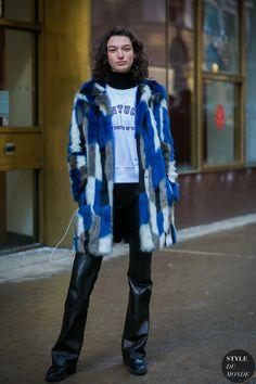 McKenna Hellam Model Off Duty by STYLEDUMONDE Street Style Fashion Photography0E2A7905