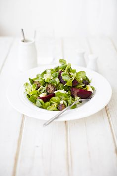 Roasted chestnut and beetroot salad: A warm salad for cold days. Quickly roast the chestnuts and beetroot then assemble with the lettuce and blue cheese to make a speedy meal for two. Add crusty bread if you like.