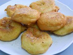 Buñuelos de Manzana Rellenos de Crema