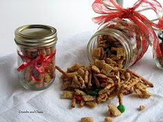 Sweet & Salty Christmas Trail Mix good idea for gifts!