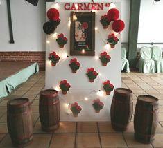 Mi Tiempo en Tus Manos: La Fiesta Flamenca de Carmen Spanish Party Decorations, Flamenco Party, Classroom Crafts, Wine Bottle Crafts, Ideas Para, Ladder Decor, Ale, Dream Wedding, Projects To Try