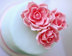 English rose fondant cake