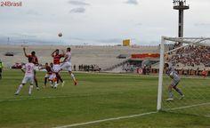 Sem perder há quase dois meses, Auto Esporte recebe o Campinense no Almeidão
