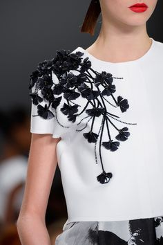 Carolina Herrera at New York Spring 2015  Beautiful modern details on a clean cut