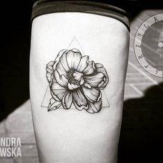 Black Wildflower  #flower #flowertattoo #tattoo #tattoos #flowers #tatooedgirls #girl #pretty #spring #tatts #lodz #poland #tatts #art #black #blackandwhite #blacktattoo #blackwork #dotwork #ink #inked #tatuaż #blacktattoo