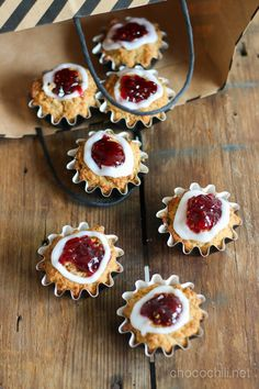 Vegaanin runebergintortut Vegan Cake, Some Recipe, Vegan Baking, Tofu, Cheesecake, Cooking Recipes, Pie, Cupcakes, Sweets