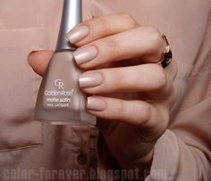 Color Forever: Golden Rose Matte Satin Nude 01
