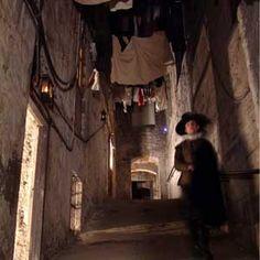 Mary King's Close, Édimbourg, #Écosse  http://selection.readersdigest.ca/fetes/halloween/les-8-destinations-les-plus-terrifiantes?id=2