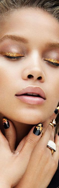 Glitter - Jasmine Sanders 4 Vogue