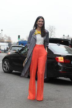 #LeilaYavari #orange #red #orangepants #fashion #mode #moda #women #paris #look #streetstyle #streetview #street #style #offcatwalk on #sophiemhabille