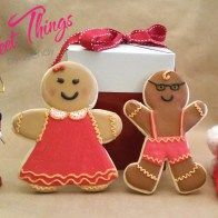 XL Gingerbread cookies - sweetthingsbywendy.ca Edible Favors, Party Favours, Joy To The World, Gingerbread Cookies, Christmas Ornaments, Holiday Decor, Sweet, Happy, Xmas Ornaments