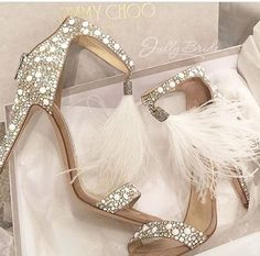 e294e80874608 22 Best Shoes images in 2018 | Boots, Beautiful shoes, Casual Shoes