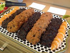 Oatmeal Raisin Cookie & Carob Drop Cookies Vegan Catering, Oatmeal Raisin Cookies, Drop Cookies, Meatloaf, Gypsy, Vegan Recipes, Desserts, Food, Gourmet