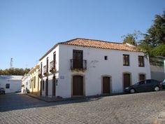 Museo Español : Portal de Colonia - Uruguay