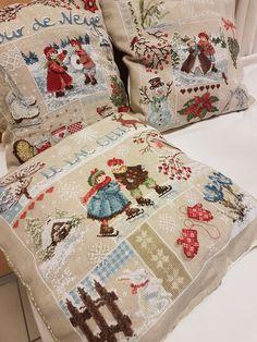 Oui, l'hiver est bien fini, même si Nathalie C. nous a apporté cette série de coussins... Quelques joies hivernales dont nous avons peu... Xmas Cross Stitch, Cross Stitch Pillow, Stitch Book, Beaded Cross Stitch, Cross Stitching, Cross Stitch Embroidery, Cross Stitch Designs, Cross Stitch Patterns, Cross Stitch Finishing