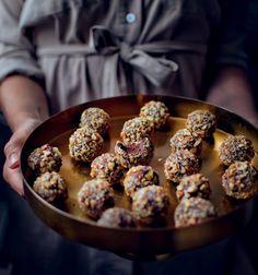 Avokádové lanýže , Foto: Janina Černá / Cukrfree Keto Cake, Low Carb Diet, Lchf, Doughnut, Low Carb Recipes, Love Food, Sweet Recipes, Muffin, Fitness