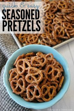 Garlic ranch pretzels -Try this kid friendly seasoned pretzels recipe that the entire family will love. We love this delicious ranch dressing pretzels recipe. Snack Mix Recipes, Quick Recipes, Gourmet Recipes, Appetizer Recipes, Cooking Recipes, Snack Mixes, Appetizers, Simple Snack Recipes, Snacks Für Party
