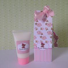 Caixinha milk personalizada de acordo com sua preferência com hidratante de 30 ml.   Ideal para lembrancinha de maternidade/nascimento, chá de bebê/fraldas