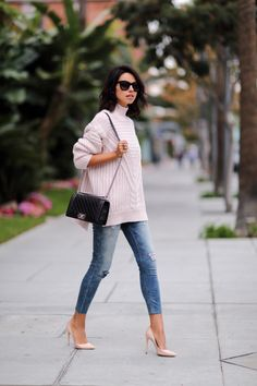 oversized knit + cut jeans