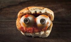 This Grilled Eyeball Sandwich Might Be A Little Too Realistic — HuffPost Halloween Themed Food, Halloween Kitchen, Halloween Party Themes, Witch Party, Halloween Decorations, Halloween Eyeballs, Halloween Treats, Halloween Fun, Finger Sandwiches