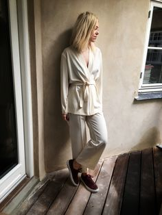 Stunner in white. Josephine Aarkrogh, fashion editor at ELLE, in Samsøe & Samsøe SS16 Rianna jacket & Baya pants.