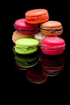 "500px / Photo ""Macaroons - a fair pile"" by juice imaging"