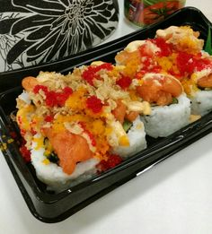 Volcano salmon maki roll.