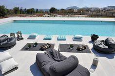 The Stagones Villas Pool Outdoor Furniture
