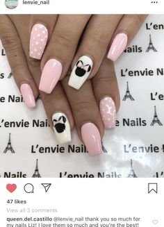 What Christmas manicure to choose for a festive mood - My Nails Ongles Mickey Mouse, Minnie Mouse Nails, Mickey Mouse Nails, Stylish Nails, Trendy Nails, Cute Nails, Disney Acrylic Nails, Best Acrylic Nails, Baby Nails