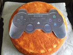 Manette PS3 tutoriel – Délices et Pâtisseries Nintendo 3ds, Manette Ps3, Xbox Cake, Cake Designs, Birthday, Couples Anime, Mega Man, Metal Gear, Kingdom Hearts