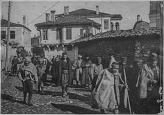 Suspects forcibly taken to road maintenance work. Bitola, January 1917.