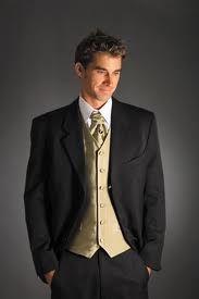 Black suit with gold vest and tie! Prom Tuxedo, Tuxedo Wedding, Wedding Suits, Skull Wedding, Wedding Groom, Wedding Attire, Gold Wedding, Black Tuxedo, Tuxedo For Men