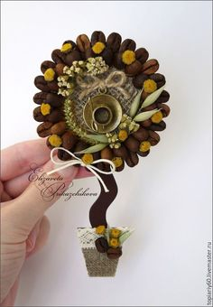 Craft Stick Crafts, Diy And Crafts, Coffee Crafts, Desk Organization, Coffee Beans, Paper Flowers, Magnets, Clock, Handmade