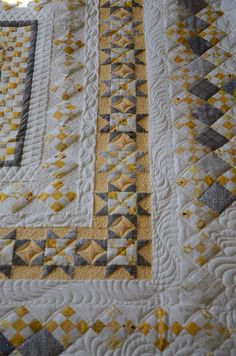 Yellow Patty Lucy is Machine Quilted! Machine Quilting Patterns, Longarm Quilting, Free Motion Quilting, Quilt Patterns, Quilting Ideas, Star Quilts, Quilt Blocks, Quilt Boarders, Yellow Quilts