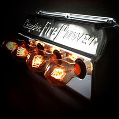 Hemi valve cover lamp with filament bulbs.