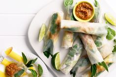 Forget the party pies at your next celebration. These fabulous chicken rice paper rolls will really break the ice.