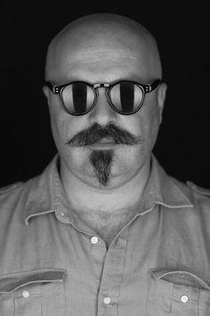 Visuale – Wir erzählen Geschichten Ray Bans, Mens Sunglasses, Style, Fashion, History, Swag, Moda, Man Sunglasses, Fashion Styles
