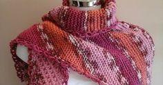 Este lenço é feito até meio em ponto tricot e a outra metade em ponto fantasia. Colocar 5 pontos na agulha para tricot n°6 e t...