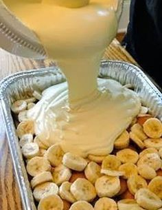 Awesome Banana Pudding - substitute REAL whipped cream for the Cool Whip and I'm on it!